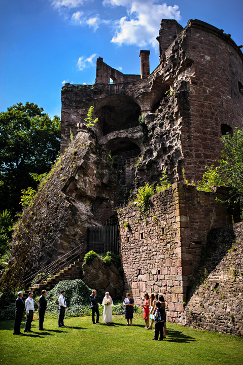 Wedding ceremony in front of Heidelberg Castle