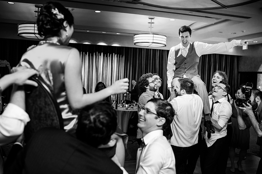 Grace-Stephen-Sofitel-Philadelphia-Wedding-900x599_0036