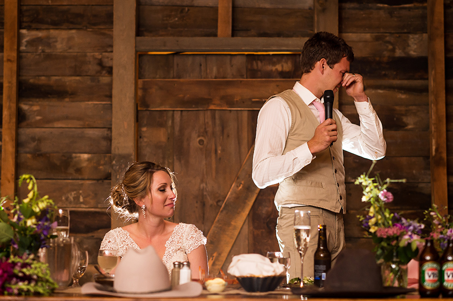 23_Nic_Stu_Lancaster_Wheatland_CountryBarn_Wedding