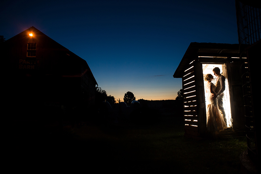 42_Nic_Stu_Lancaster_Wheatland_CountryBarn_Wedding