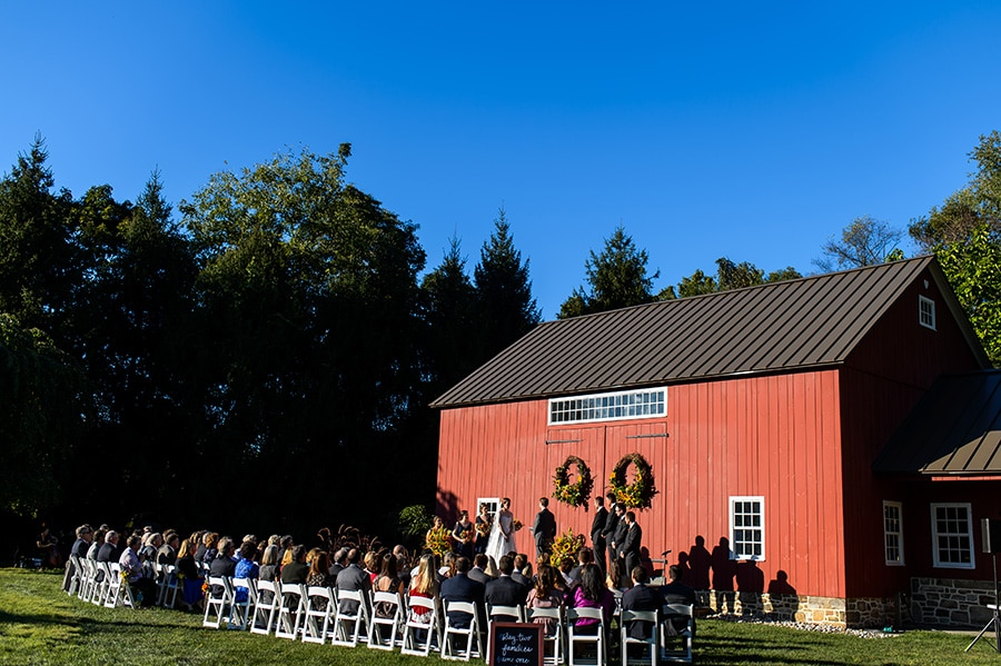 18_backyard_bethlehem_barn_wedding