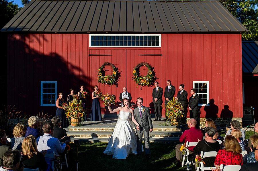 22_backyard_bethlehem_barn_wedding