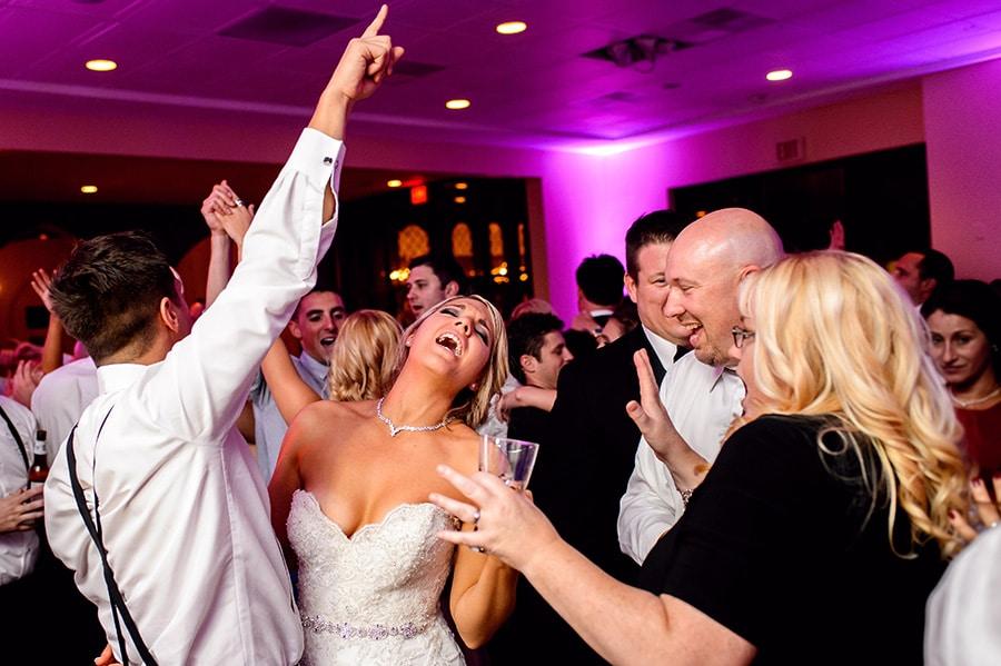 47_classy_aldie_mansion_wedding_doylestown